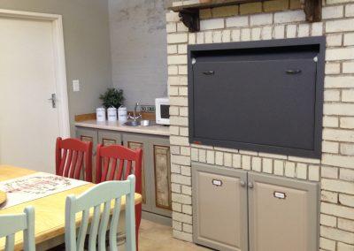 Luxury Family room Fireplace/Braai